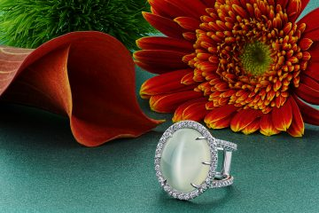 ring, gold, diamonds, moonstone, jewelry photography, beautiful ring