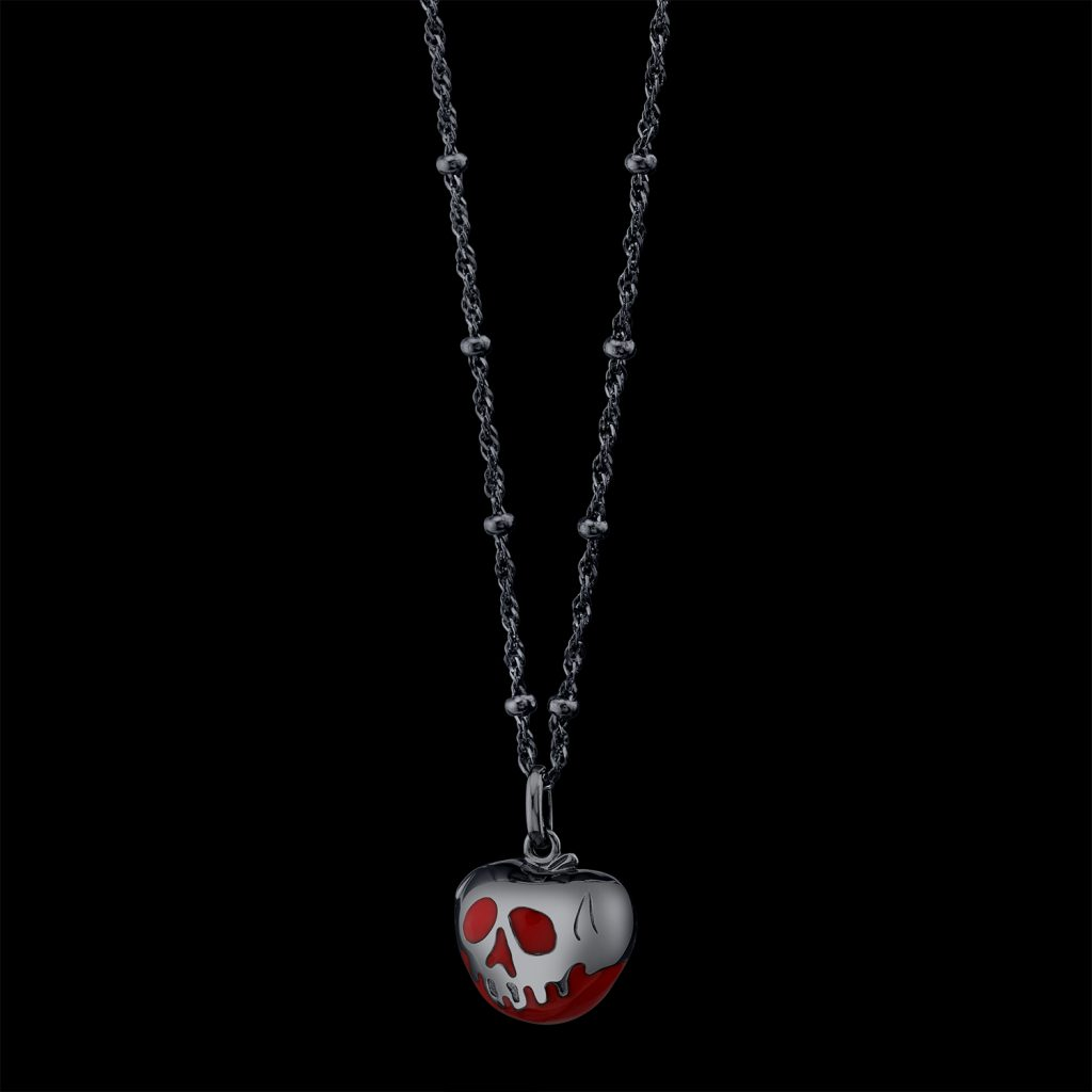 pendant, enamel, silver, Snow White, Disney, jewelry photography